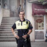 Juan Fredsa es el agente Tito en 'Vive cantando'