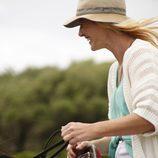 La protagonista de 'Cuéntame', Ana Duato, a caballo en 'Un país para comérselo'