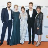 Los protagonistas de 'El tiempo entre costuras' en el FesTVal de Vitoria 2013