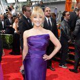 Melissa Rauch en la alfombra roja de los Emmy 2013