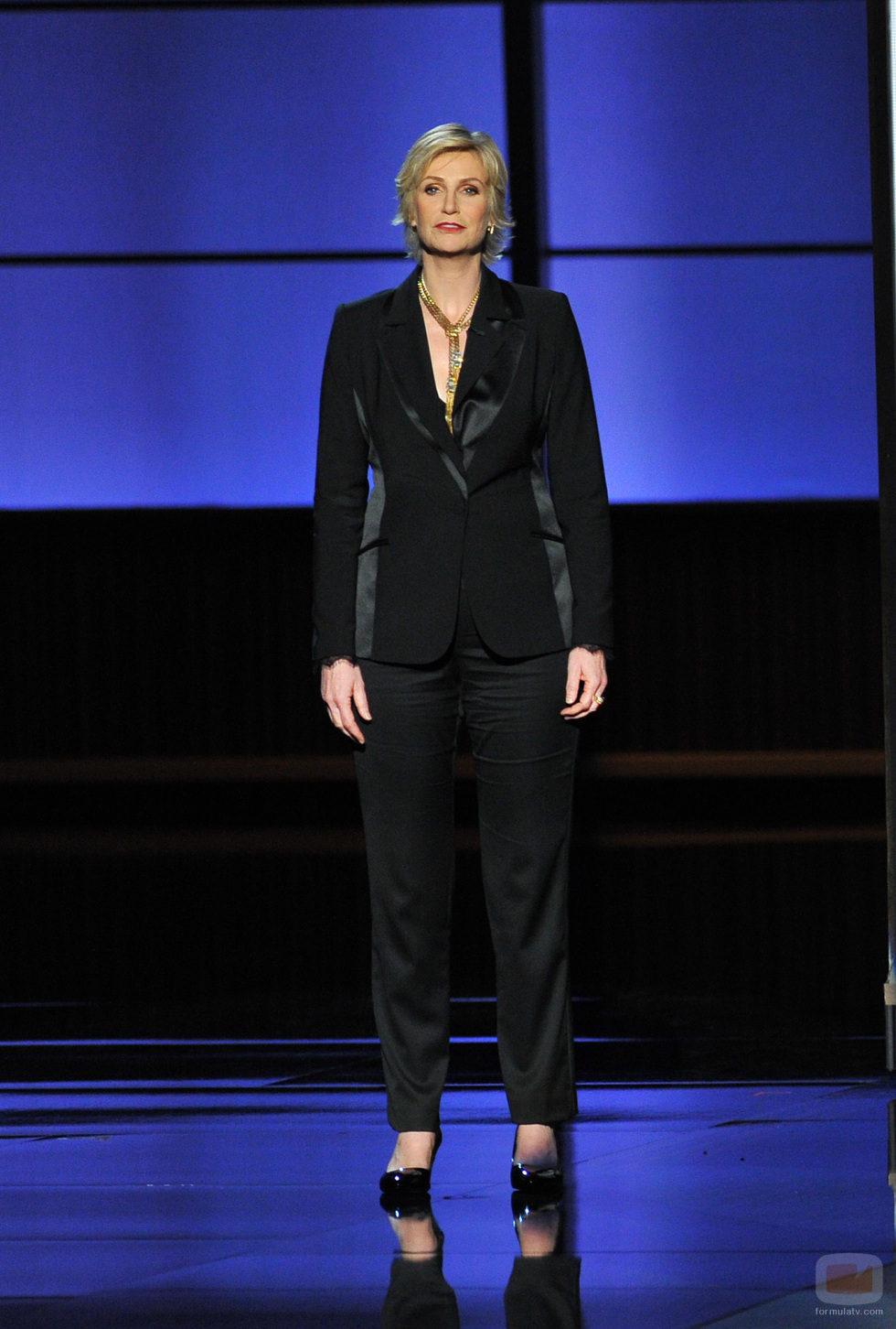 Jane Lynch homenajea a Cory Monteith en los Emmy 2013