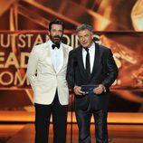 Jon Hamm y Alec Baldwin en los Emmy 2013