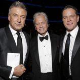 Alec Baldwin, Michael Douglas y Matt Damon en los Emmy 2013