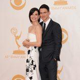 Julianna Margulies y Keith Lieberthal en la alfombra roja de los Emmy 2013