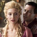 Craig Parker y Viva Bianca en 'Spartacus: La venganza'