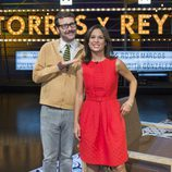 Joaquín Reyes junto a Mara Torres en el plató de 'Torres y Reyes'
