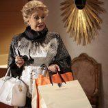 Lola Herrera se va de compras en 'Fuera de lugar'