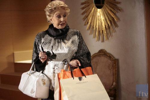 Lola herrera se va de compras en 39 fuera de lugar 39 fotos for Imagenes de fuera de lugar