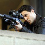 Brett Dalton como el agente Grant Ward