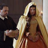 Domine Pérez (Manuel Gancedo) y María de Castro (Natasha Yarovenko) en 'Alatriste'