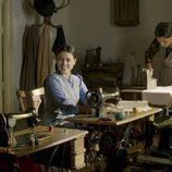 Costureras en 'El tiempo entre costuras'