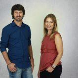 Arnau Benlloch y Núria Portet, presentadores de 'Efecto ciudadano'