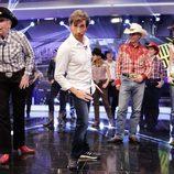 Pilar Rubio bailó junto a sus compañeros de academia en 'El hormiguero'