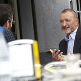 Jordi Évole entrevistando a Arturo Pérez-Reverte