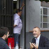 Jordi Évole entrevistando al escritor Pérez-Reverte