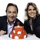 Iker Jiménez y Carmen Porter celebran el octavo aniversario de Cuatro