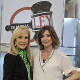 Carmen Lomana y Sandra Barneda en 'De buena ley'
