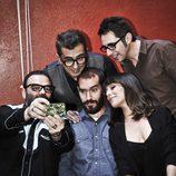 Andreu Buenafuente y sus colaboradores de 'En el aire' se fotografían