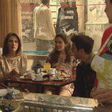 Asun desayuna en 'Vive cantando'