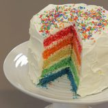 Tarta arcoíris hecha en 'Cupcake Maniacs'