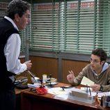 Daniel Guzmán habla con Antonio Dechent en 'La familia Mata'