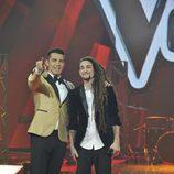 Jesús Vázquez y Jaume Mas en la final de la segunda edición de 'La voz'
