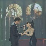 David Bisbal y Dina Arriaza en la final de la 'La voz 2'