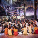 Ricky Martin con los protagonistas de 'Dreamland'