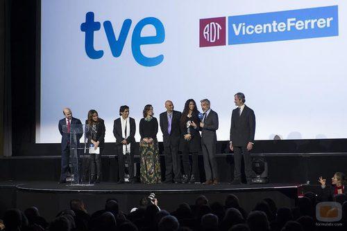 Imanol Arias toma la palabra durante la presentación de 'Vicente Ferrer' en Callao