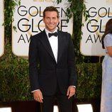Bradley Cooper en la alfombra roja de los Globos de Oro 2014