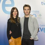 Bárbara Goenaga y Ricardo Gómez en la presentación de la decimoquinta temporada de 'Cuéntame cómo pasó'