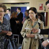 Beatriz Carvajal y María Pujalte en el primer capítulo de la tercera temporada de 'Los misterios de Laura'