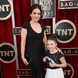 Tina Fey con su hija en los SAG 2014
