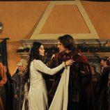 Romeo y Julieta bailan juntos