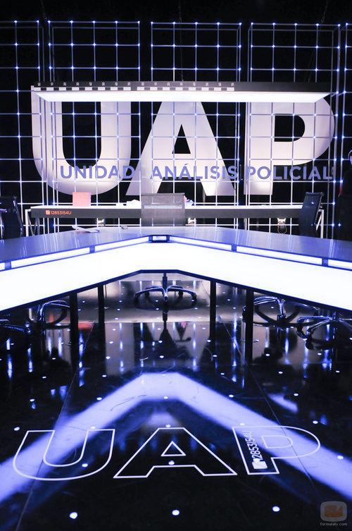 La mesa de los expertos en el plató de 'UAP: Unidad de Análisis Policial'