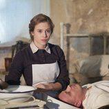 Lou de Laage y Max von Thun en la TV movie 'Anna Karenina'