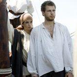 Clara Lago y Álvaro Cervantes en una de las escenas de 'El corazón del océano'