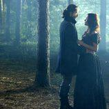 Tom Mison y Katia Winter protagonizan 'Sleepy Hollow'
