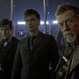 Los actores Smith y Tennant en el episodio de 50 aniversario de 'Doctor Who'