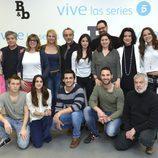 El elenco de actores en la rueda de prensa de 'B&b, de boca en boca'
