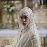 Adriana Ugarte vestida de novia en 'La Señora'