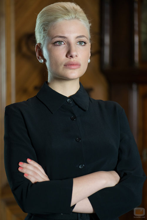 Miriam Giovanelli en 'Velvet'
