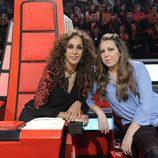 Rosario junto con su asesora Niña Pastori en las batallas de 'La voz kids'
