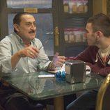 Mauricio Colmenero y Jonathan conversan en 'Aída'