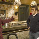 El actor David Castillo en la serie 'Aída'