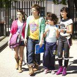 Dulce, Javi, Nico y Yuki en la tercera temporada de 'Con el culo al aire'