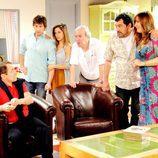 Ángel, Sandra, Paulino, Tino, Alicia, Jorge y José Luis en la tercera temporada de 'Con el culo al aire'