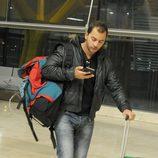 Antonio Tejado, en el aeropuerto a punto de partir a 'Supervivientes 2014'