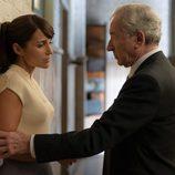 Paula Echevarría junto con José Sacristán en 'Velvet'