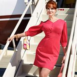 Christina Hendricks ataviada como Joan Harris en 'Mad Men'